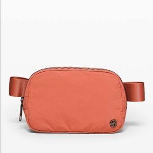 NWT lululemon athletics Everywhere Belt Bag *1L